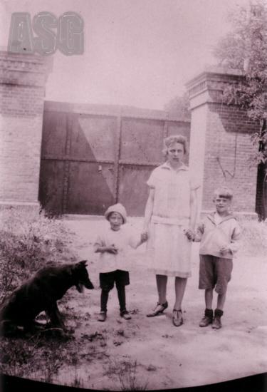 Die Familie des Fortwächters Brühe